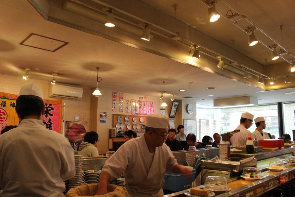 近所のお食事処シリーズ#2 廻鮮寿司「塩釜港」